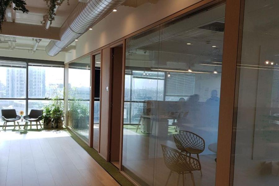 משרדים להשכרה בשדרות רוטשילד - תמונה 1
