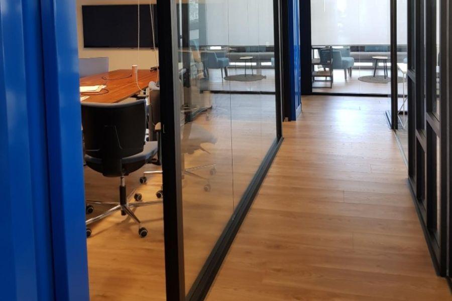 משרדים להשכרה במתחם הבורסה - תמונה 2