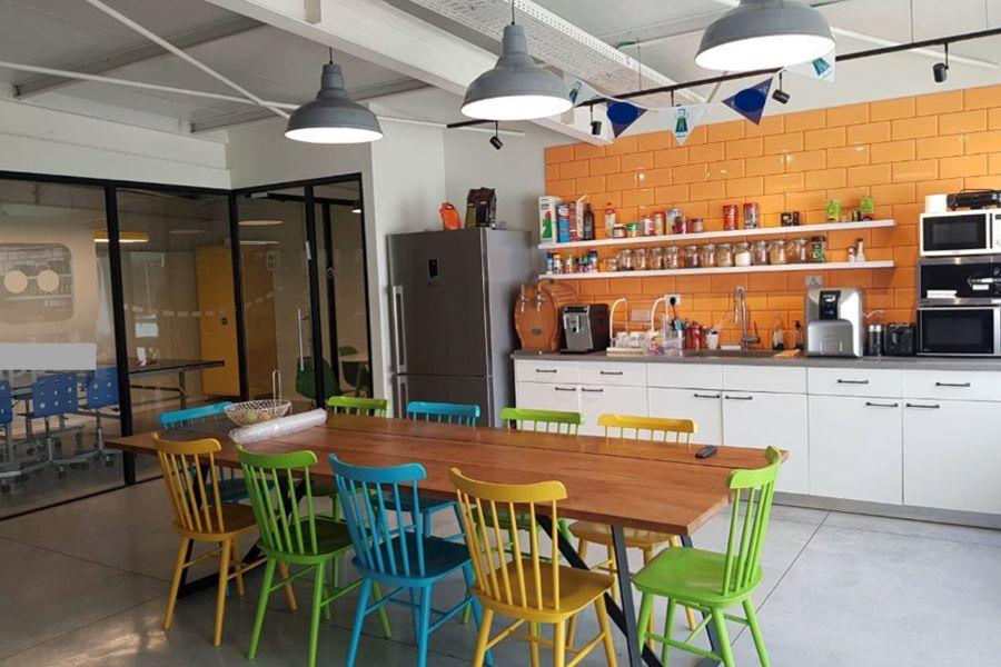 משרד להשכרה בתל אביב - תמונה 1