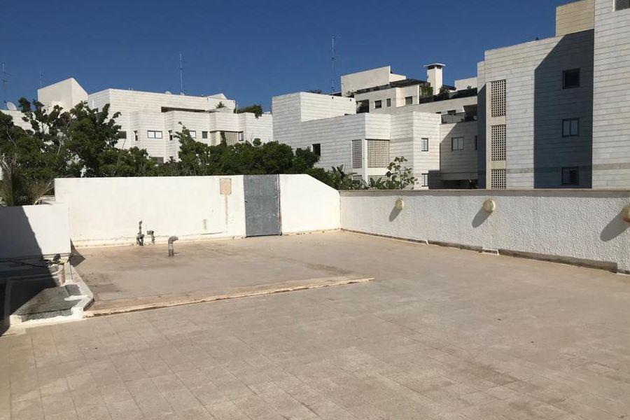 בניין להשכרה בתל אביב - תמונה 4